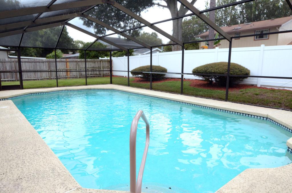 Pool house 4012 Braesgate Lane Tampa FL